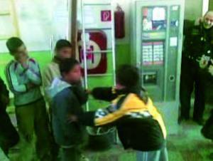 Misshandlung auf der Polizeistation (Foto: SME)