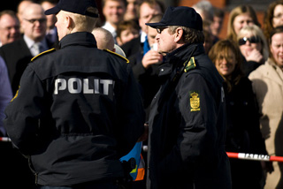 Polizeibeamte in Dänemark (Foto: Hebster/commons.wikipedia.org)