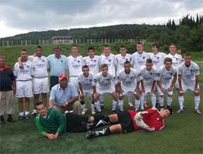 Fußball-EM in der Lausitz: ungarische Roma-Auswahl 2012 (Foto: europeada.eu)