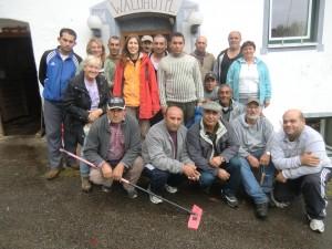 Waldhüttl: Aufräumarbeiten mit den Bewohnern