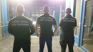 Schikanen gegen Roma: Slowakische Neonazis patrouillieren in Zügen und Bahnhöfen (Foto via dennikn.sk)
