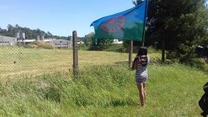 Roma-Protest vor der Schweinemastanlage auf dem ehemaligen Areal des KZ Lety (Foto: EGAM)