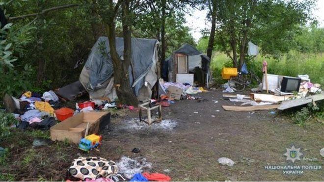 Das verwüstete Lager in Lwiw (Foto: Ukrainische Polizei)