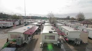 Lager in der Via Salone, wo das angeschossene Mädchen mit seiner Familie lebt (Foto: settecamini.eu)